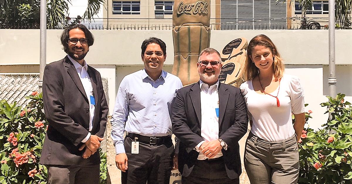 Cónsul de EEUU visita Bepensa Dominicana